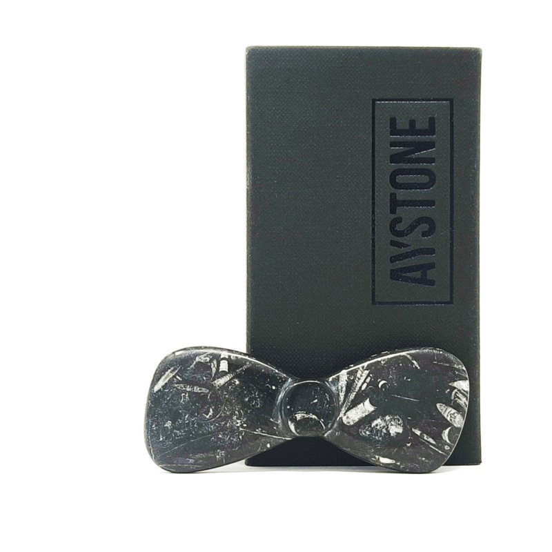 bow-tie-fossil-black-marble